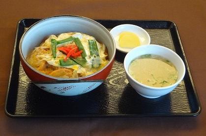 油麩丼 (東北応援メニュー)